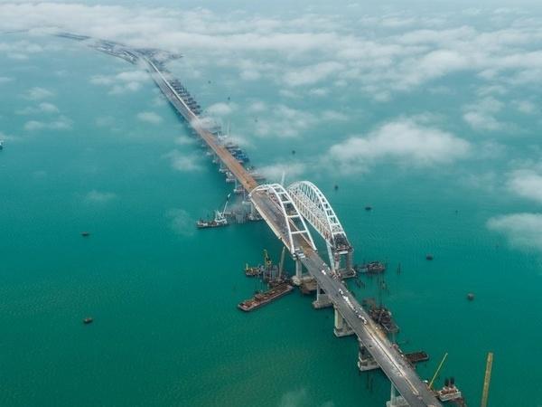 Мост, аэропорт, электростанции: что еще надо Крыму для инвестпривлекательности