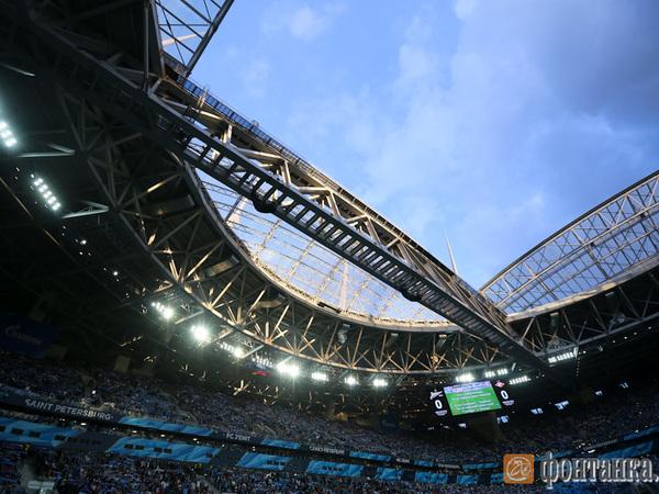 На крыше стадиона бакланов потеснили следователи