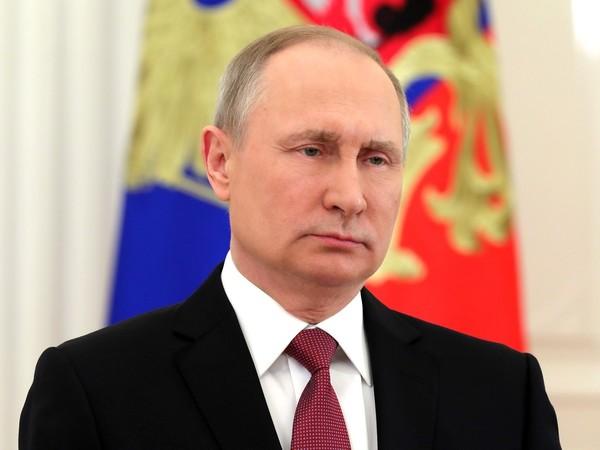 Путин поблагодарил россиян за беспрецедентность и пообещал рывок