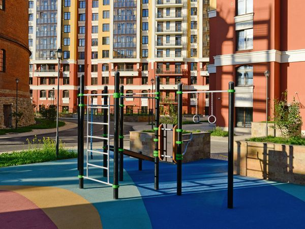 Один из самых благоустроенных дворов Петербурга создан «Северным городом»