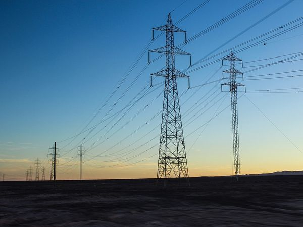 ФСК ЕЭС направит на ремонт энергосетей на Северо-Западе 1,3 млрд рублей