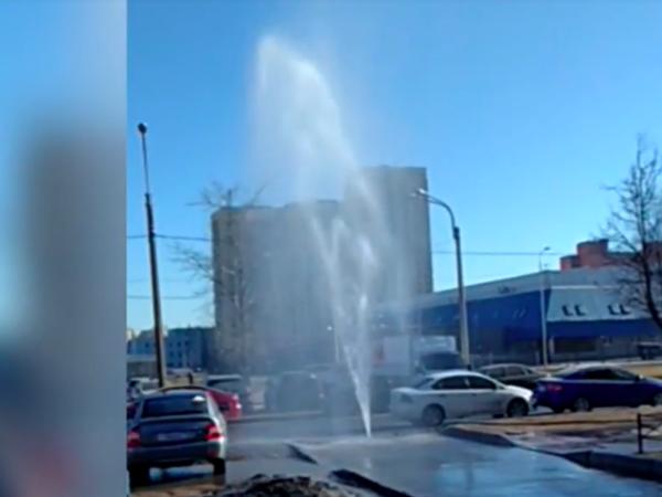 На Верности забил 5-метровый фонтан