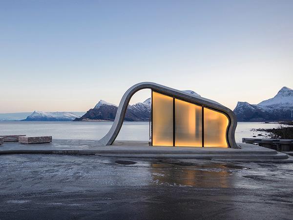 В Норвегии построили смотровую площадку с общественным туалетом за 2 миллиона долларов