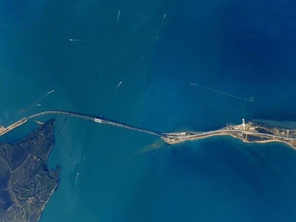 Крымский мост видно с борта МКС