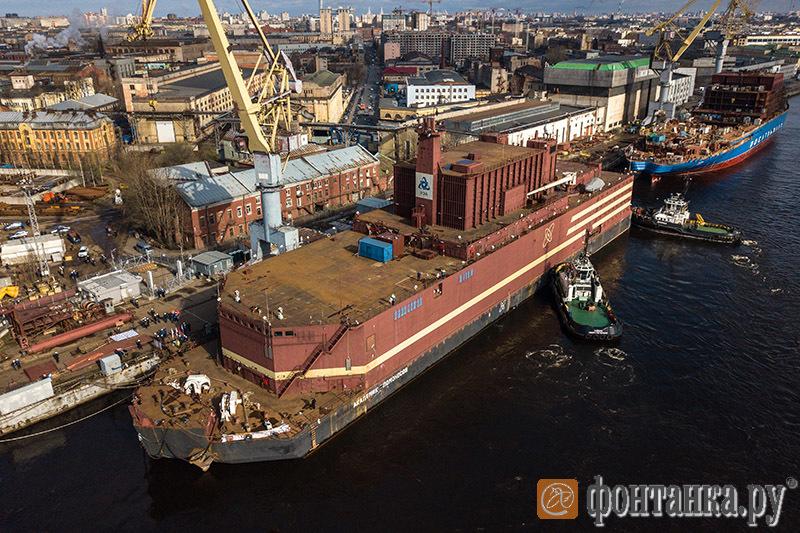 В Российской Федерации спущен наводу 1-ый вмире плавучий атомный энергоблок