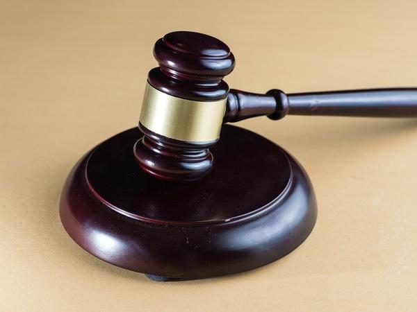 Лондонский суд вернул Архангельского в петербургскую реальность
