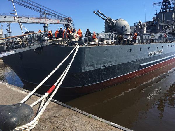 В Петербурге появился второй военный музей-корабль