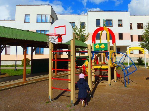 «Дальпитерстрой» передает городу помещения для детских садов в Шушарах