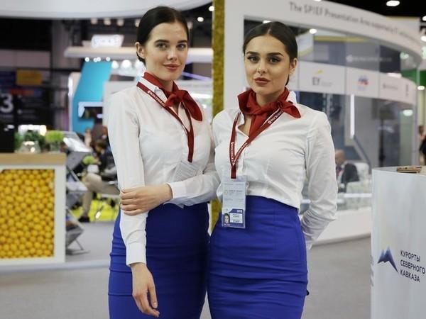 Девушки ПМЭФ-2018: возможно, лучшее, что было на форуме