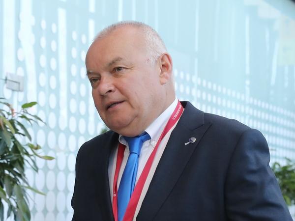 Горы, зонтик, рок-н-ролл: Якунин, Чайка, Литвиненко и Киселев не боятся санкций и готовятся к прорыву