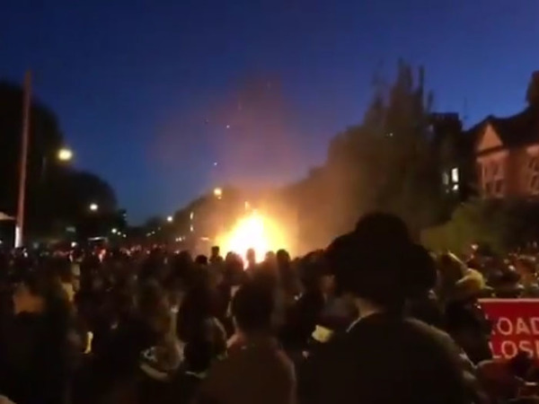 Во время взрыва на еврейском празднике в Лондоне пострадали 30 человек