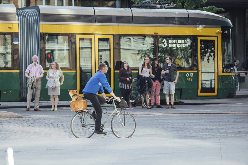В общественном транспорте Хельсинки введут бесконтактную оплату банковскими картами