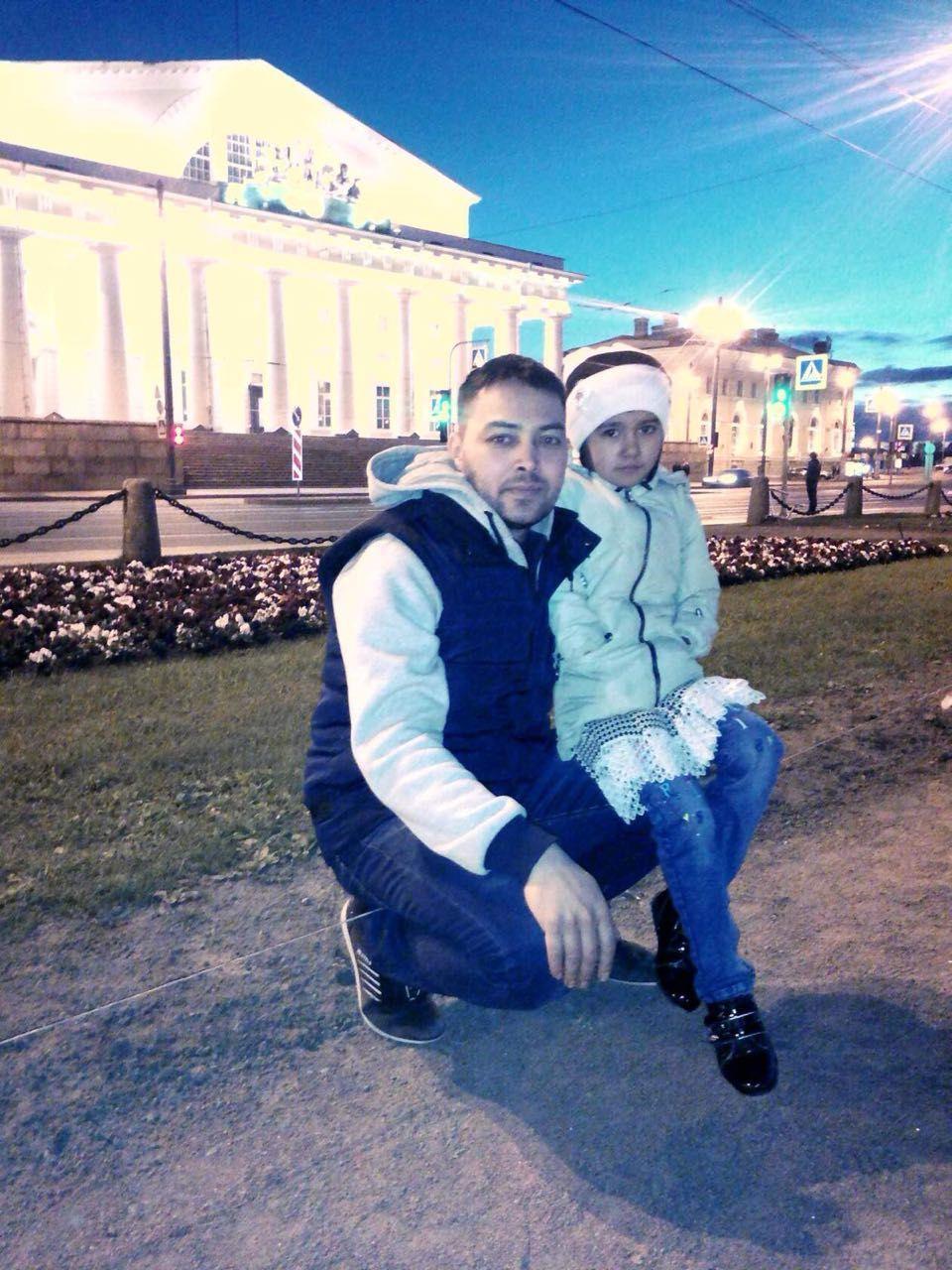 Адилбек с семьей приехал в Питер два года назад