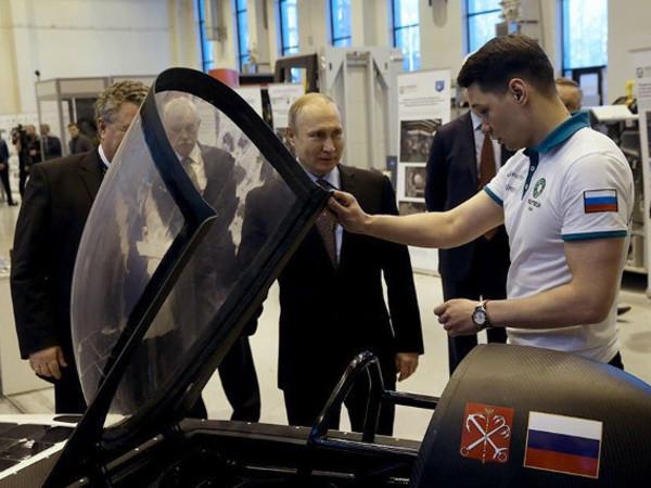 Солнцемобиль из Петербурга, отмеченный Путиным, представят в Сочи