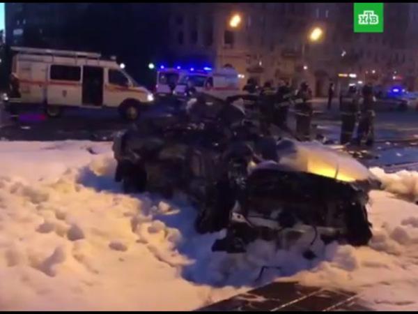 Мажоры заживо сгорели в Москве в «Мерседесе», уничтожив «Социальный патруль»