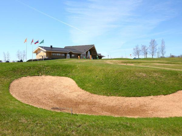 Клубный дом с рестораном появился у гольфистов