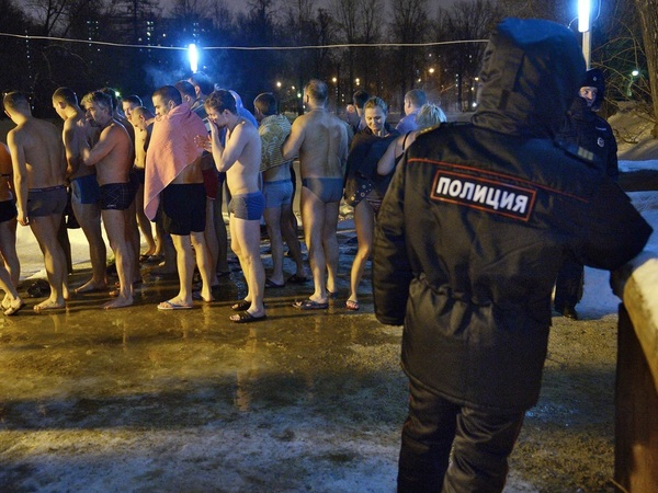 В каких трусах полицейские служат России