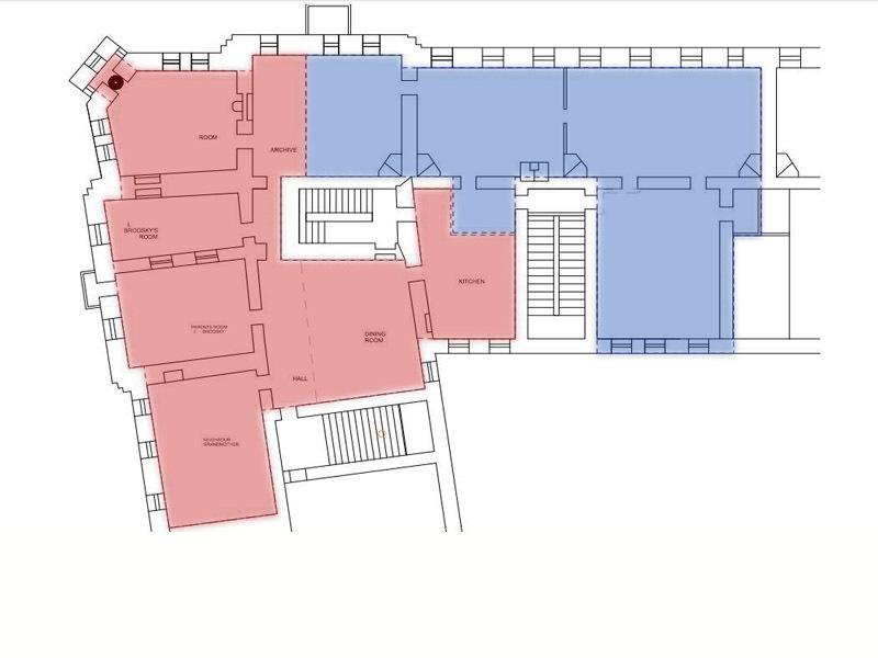 Красным обозначены границы мемориальной квартиры, синим - приобретенной