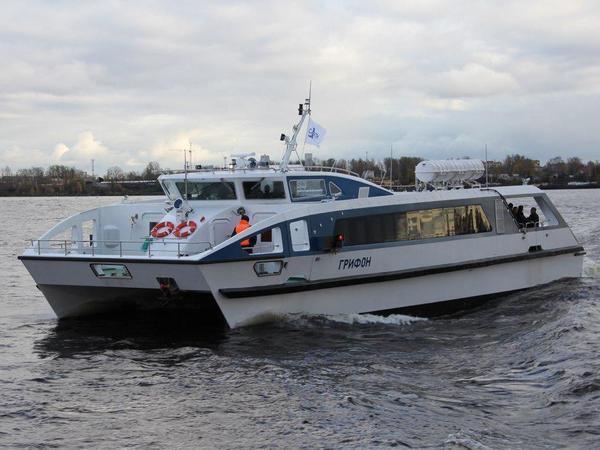 Приговор «убийце метеоров» вынесут пассажиры: катамаран «Грифон» начнет возить туристов в Петергоф