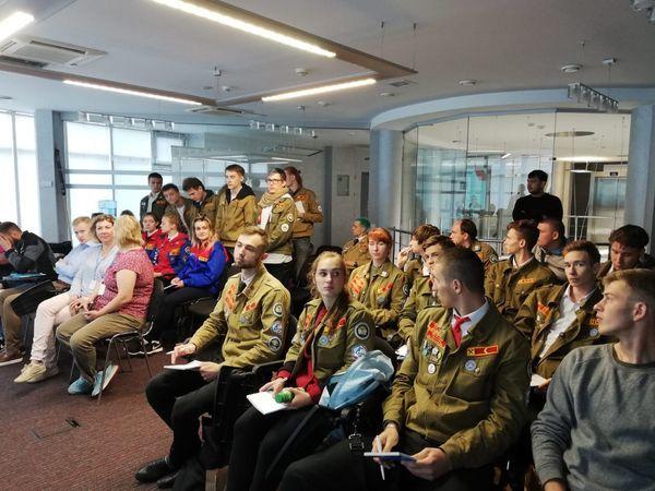 Группа ЦДС приняла стройотряд в Санкт-Петербурге