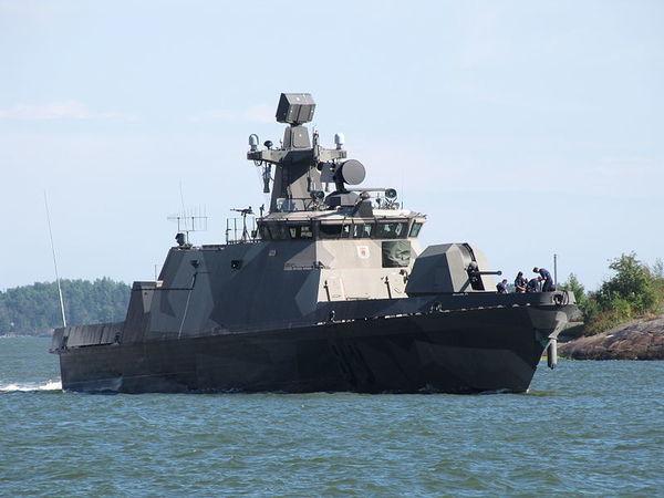 Выходные в Финляндии 7 - 8 июля: Мощь ВМФ, величие оперы и азарт гонок