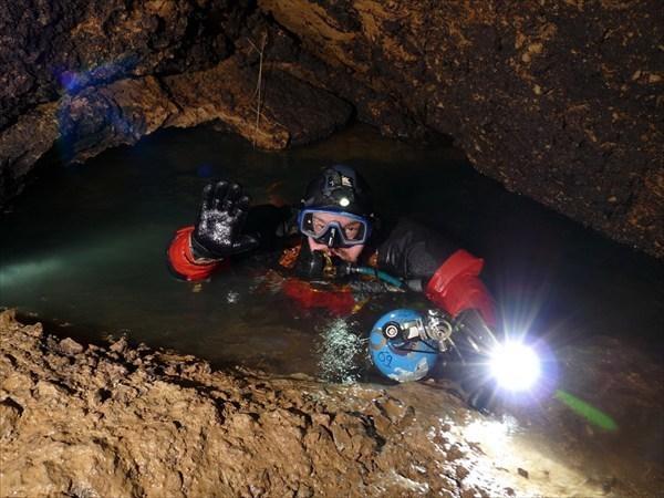 Ждать и не суетиться: как будут спасать школьников из подводной пещеры в Таиланде