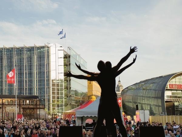 Искусство для всех: Хельсинкский фестиваль с размахом отметит 50-летие