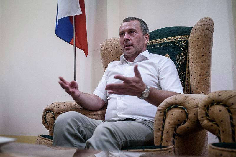 Виктор Токмаков