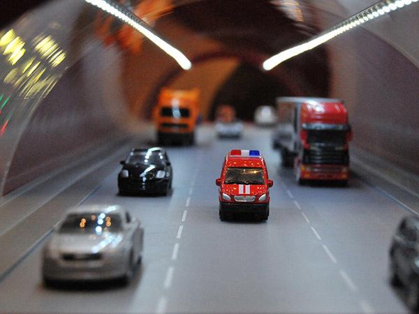 Над или под Невой : проектировщики ВСД выбирают между тоннелем и мостом