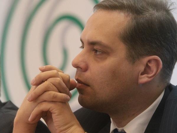 Владимир Милов: Путин повел нас по жесткому сценарию