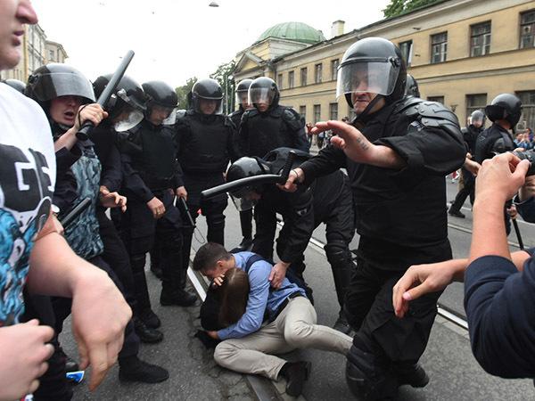 Пощады не будет. Сколько в Петербурге дают за борьбу с пенсионной реформой