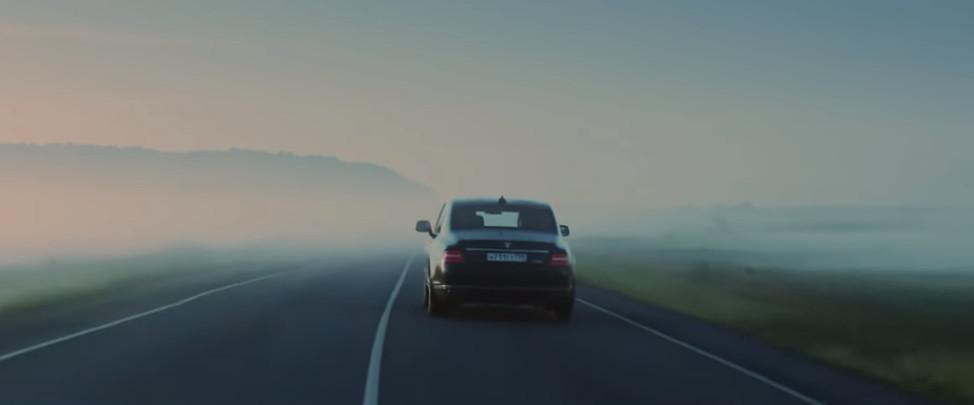 Кадр из видео на YouTube-канале Aurus Russia