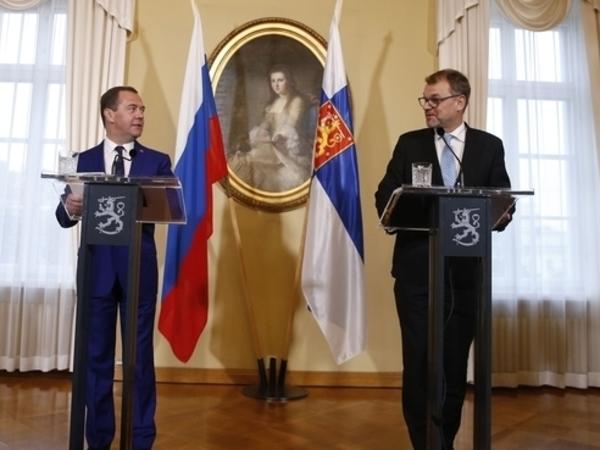Отходы, АЭС, паранойя. О чём говорили Медведев и Сипиля в Хельсинки
