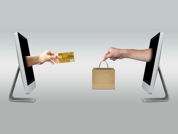 Автомат по продаже рекламы на «Фонтанке»: два клика до успеха