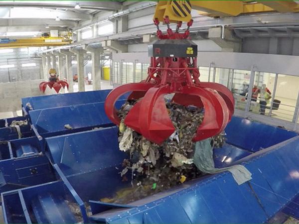 Смольный вернулся к идее построить частный мусоросжигательный завод в Петербурге