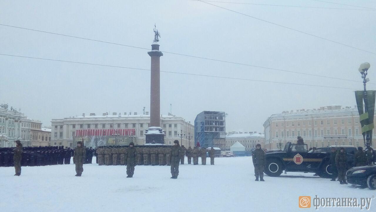 Репетиция парада на Дворцовой площади 24 января.