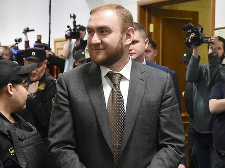 Заказные убийства и чистки в «Газпроме». Что объединил арест сенатора Арашукова