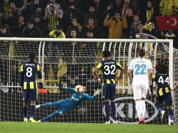 «Зенит» легко отделался в Стамбуле. Есть ли хорошие новости при плохой игре