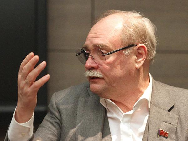 В будущем кандидат в губернаторы Бортко: «Я собираюсь конкурировать не с Бегловым, а с властью»